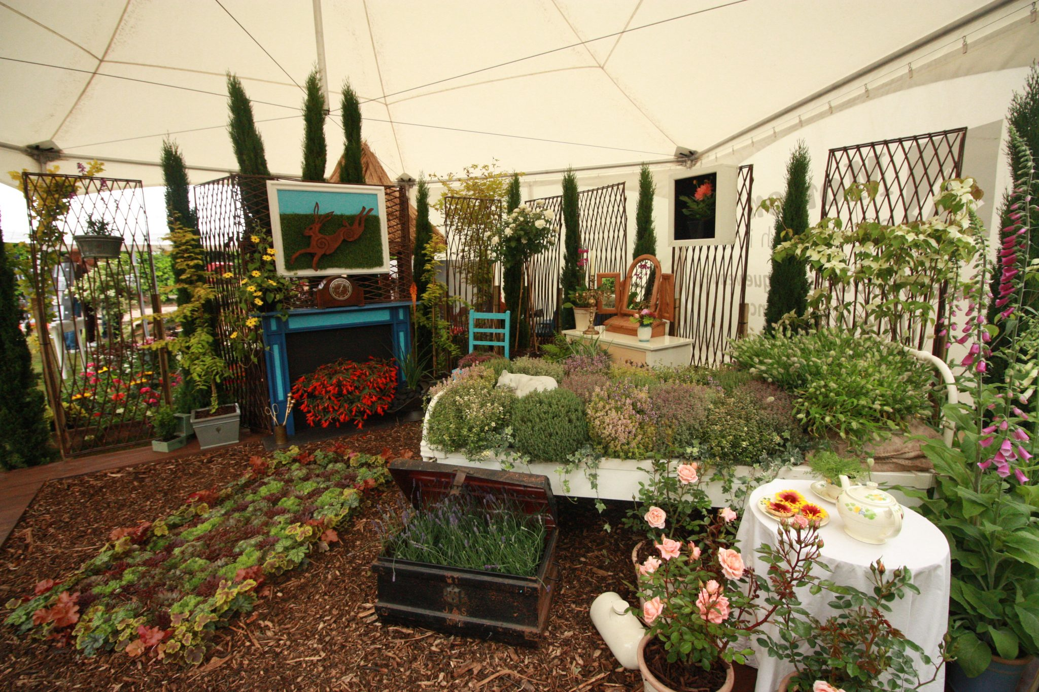 Garden Show raises £1490 for the Liz Jones Memorial Trust and Dravet Syndrome Charity.