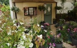Over three thousand pounds raised by our garden show for charities